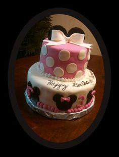 Mickey and Minnie mouse with cupcakes Twins birthday party