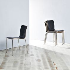 No matter which way you rotate or turn the chair, CHAIRIK is the uttermost complete and simplified design. Chairik 101 by Engelbrechts