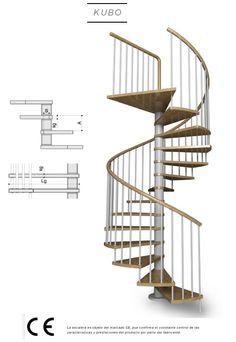 Escalera de caracol con peldaños de madera modelo de Enesca Kubo