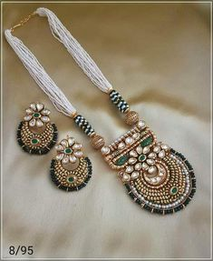 Designer Kundan and Moti Set – FashionVibes Kundan Jewellery Set, Indian Jewelry Sets, Jewelry Design Earrings, Indian Wedding Jewelry, Gold Jewellery Design, Necklace Designs, Bridal Jewelry, Beaded Jewelry, Jewelry Accessories