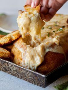 Creamy French Onion Soup Dip in a Bread Bowl http://www.spoonforkbacon.com/2018/01/creamy-french-onion-soup-dip-in-a-bread-bowl/