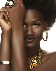 (via African Fashion) Total Eye Candy ...Hair and make up, love it