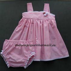 TODO EN PIQUE para bebé Baby Skirt, Baby Dress, Toddler Fashion, Boy Fashion, Little Girl Dresses, Girls Dresses, Bebe 1 An, Girl Dress Patterns, Doll Costume