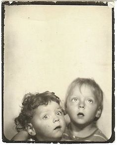 +~ Vintage Photo Booth Picture ~+ Looking up! We took some like these, when we needed our yearly photos for our town pool membership passes every summer. Antique Photos, Vintage Pictures, Vintage Photographs, Old Pictures, Old Photos, Selfies, Vintage Magazine, Vintage Photo Booths, Photos Booth