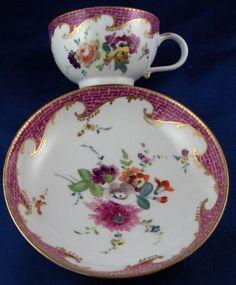 Nice 18thC Meissen Porcelain Puce Trim & Floral Cup & Saucer Porzellan Tasse #MeissenGermanGermany