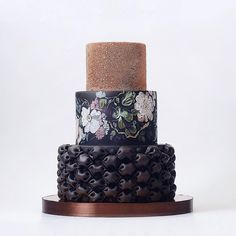 • Weddings & Celebration cakes • Pastry School • Russia, Moscow  +7 495 967 99 41