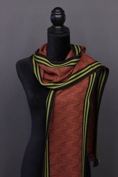 Bamboo scarves handwoven by Pamela Whitlock. Handwoven bamboo quilts from sosumi weaving. Loom Weaving, Hand Weaving, Weaving Designs, Woven Scarves, Color Studies, Wool Scarf, Color Trends, Bamboo, Arts And Crafts