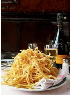 Champagne and pommes frites!