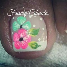 Está preciosa Cute Pedicure Designs, Toe Nail Designs, Nail Polish Designs, Cute Toe Nails, Cute Nail Art, Pretty Nails, French Pedicure, Pedicure Nail Art, Summer Toe Designs