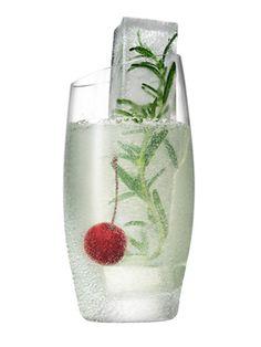 The Mistletoe #Christmas #cocktails #holiday