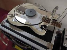 """Would you """"play"""" music on this? Vinyl Music, Vinyl Records, Dj Music, Lps, Eco Design, Dj Equipment, Record Players, Vintage Records, Record Collection"""