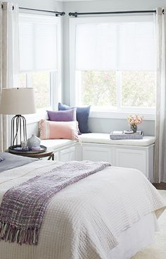 Stock cabinetry makes this corner bench seat easy to make and install. --Lowe's Creative Ideas Living Room Nook, Living Spaces, Bedroom Corner, Master Bedroom, Home Decor Bedroom, Bedroom Furniture, Bedroom Ideas, Corner Bench Seating, Corner Storage