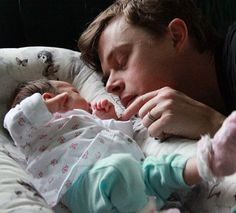Dane DeHaan wth his baby girl Dane Dehaan, Slytherin, Barty Crouch Jr, Anna Wood, Kill Your Darlings, Celebrity Film, Harry Potter, Popular People, Andrew Garfield