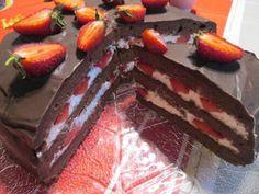 Csokoládés epertorta receptje » Balkonada sütemény receptek Cake, Desserts, Recipes, Food, Tailgate Desserts, Deserts, Kuchen, Recipies, Essen