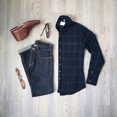 Brilliant 101 Mens Style Tips For Travel https://fazhion.co/2017/05/27/101-mens-style-tips-travel/ For men, you can't fail with a wonderful shirt and tie. It's the only shirt you will ever need. Whenever you have a good color shirt and a good color pair of pants, you should introduce some visual type