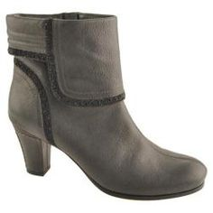 @Overstock.com - Women's Antia Shoes Marina Black Vintage Full Grain Embossed - A unique boot with our handcrafted embroidery and padded collard for great look and fit. With the cute tassel on the side, this boot is an easy match for any outfit. Inside zipper for easy fit.  http://www.overstock.com/Clothing-Shoes/Womens-Antia-Shoes-Marina-Black-Vintage-Full-Grain-Embossed/7486457/product.html?CID=214117 $185.95