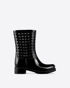 Valentino Garavani shoes for women, designer shoes - Valentino Online Boutique Valentino Garavani, Shoes Valentino, Valentino Women, Valentino Boutique, Black Rain Boots, Pumps, Heels, Shoe Collection
