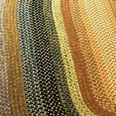 Safavieh Handwoven Indoor/ Outdoor Reversible Multicolor Braided Polypropylene Rug (5' x 8' Oval)
