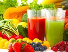 ¿No sabes qué bebidas te ayudan a mantenerte en forma y saludable? ¡Aquí te dejo unas sencillas, saludables y ricas opciones!