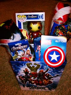 Marvel Avengers themed Easter Basket made by @Michelle Waffle. I wont lie i really want something like this. But Loki style!