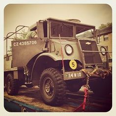 WWII vintage Canadian Military Pattern truck loaded onto flatbed for trip to Mont Tremblant. 4x4, Dog Soldiers, Old Lorries, Canadian Army, War Dogs, Military Men, Chevrolet Trucks, Sidecar, Armored Vehicles