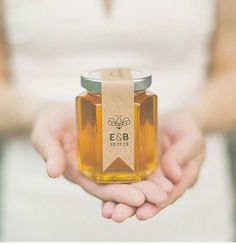 The end of summer is upon us, and so begins the gradual transition to cooler temperatures and shorter days. Fall is one of my favorite times of year. wedding favors It's That Time Of Year! 10 Of Our Favorite Fall Wedding Ideas Wedding Favour Jars, Honey Wedding Favors, Homemade Wedding Favors, Unique Wedding Favors, Wedding Party Favors, Wedding Ideas, Wedding Reception, Wedding Trends, Wedding Venues
