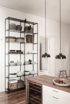 A combination of styles with rustic and sleek furniture, vintage & design pieces in a beautiful Berlin home Kitchen Furniture, Kitchen Interior, Furniture Ideas, Furniture Design, Berlin Apartment, Sweet Home, Interior Design Magazine, Farmhouse Style Kitchen, Küchen Design