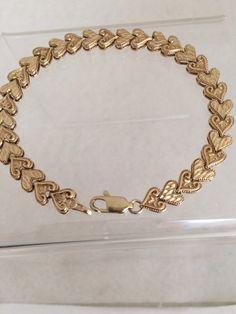 Lovely 10K Fine Gold Diamond Cut Heart Tennis Bracelet