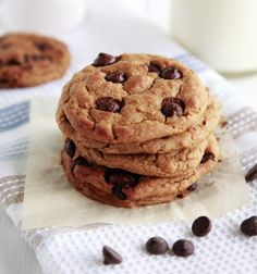Here is a really easy and tasty recipe for chocolate chip chickpea protein packed cookies which pack a delicious and nutritious punch