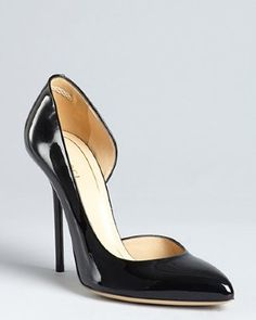 Gucci - black patent leather pointed toe d'orsay pumps