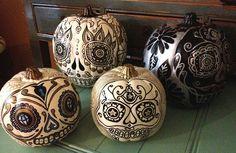Day of the Dead Pumpkins Fake Pumpkins, Painted Pumpkins, Halloween Pumpkins, Halloween Diy, Halloween Decorations, Sugar Skull Pumpkin, Pumpkin Art, Pumpkin Carving, Pumpkin Painting