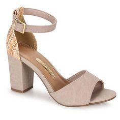 Sandália Salto Feminina Via Marte - Nude Pretty Shoes, Beautiful Shoes, Cute Shoes, Me Too Shoes, Sneakers Fashion, Fashion Shoes, Shoe Boots, Shoes Sandals, Bride Shoes