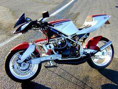Yamaha A N D FFE 350 by Julian Farnam