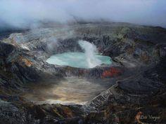 Volcán Poás. Costa Rica  ©Luis Vargas #Viaje #Naturaleza #Fotografía #Perú #Caminos #Rutas #Paisajes #Viajeros #Mochileros #Tours #Flora #discoverperu #atardecer #nevado #Travel #ToursFotográfico #Fotógrafo #MarcaPerú #Turismo