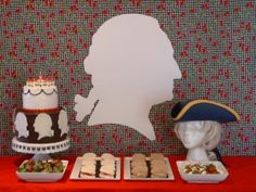 American Revolution Party- the history geek in me loves this! 11th Birthday, 6th Birthday Parties, George Washington Birthday, Teaching American History, Tea Party Table, Geek Party, Dinner Themes, 50th Party, Patriotic Party