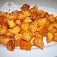Zoete aardappel met honing en rozemarijn @ allrecipes.nl