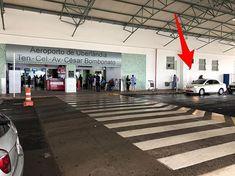 Exemplo de tolerância e democracia.Na cidade deles e ainda permitem os táxis trabalharem livremente.