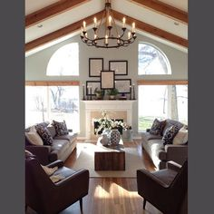 Four days left before Season Two starts this Tuesday @ 8pm CST/9pm EST !! Loved this once dated  farmhouse from season one @hgtv #fixerupper