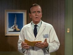 I Dream of Jeannie: Season 3, Episode 1 Fly Me to the Moon (12 Sep. 1967) Hayden Rorke