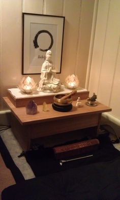 That Restore and Rejuvenate gurubead: My own meditation altar. (via From Fuck Yeah Altarsgurubead: My own meditation altar. (via From Fuck Yeah Altars Meditation Raumdekor, Meditation Room Decor, Meditation Cushion, Sala Zen, Home Altar, Zen Space, Zen Room, Feng Shui, Meditation Techniques