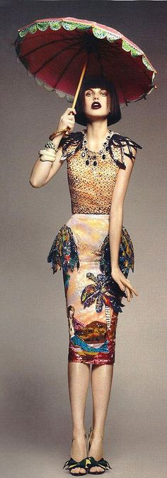 Sophisticed Lady- Vogue Portugal- Via  ♔LadyLuxury♔