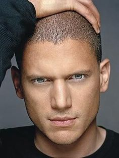 Wentworth Earl Miller III (born June is an actor known best for his role as Michael Scofield on the Fox series 'Prison Break.' Find more Wentworth Miller pictures, news and information below. Wentworth Miller, Prison Break, Prison Escape, Michael Scofield, Mariah Carey, Beautiful Eyes, Gorgeous Men, Jock, Tres Belle Photo