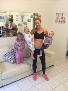 Kimberley mit ihren 3 Kindern