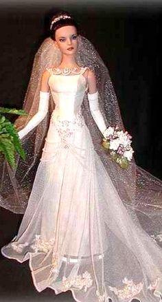 Just stunning bride. Tonner OOAK Barbie doll