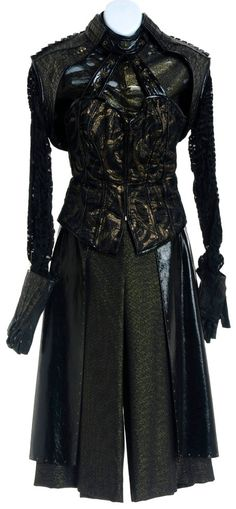 Rachel Luttrell's Wraith Queen Costume for her Character Teyla Emmagan on Stargate Atlantis. Loved this episode!