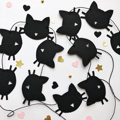 Excited to share the latest addition to my #etsy shop: Cat Paper Garland Black Cat Birthday Party Decorations Bachelorette Party Decoration Kitten Birthday Garland Meow Birthday Banner Girls Room #CatParty