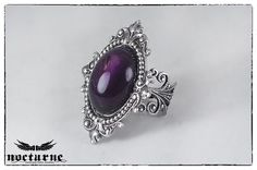 Amazing gothic ring