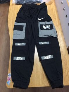 nike pants mens large and Xlarge Swag Outfits For Girls, Cute Lazy Outfits, Cute Swag Outfits, Tomboy Outfits, Teen Fashion Outfits, Teenager Outfits, Nike Outfits, Retro Outfits, Trendy Outfits