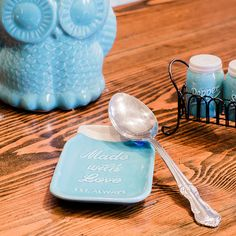 A stylish set that includes a place to set your spoon.