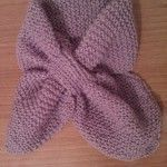tutorial in italiano Crochet Scarves, Knit Crochet, Cape Scarf, Knitting Designs, Needle And Thread, Couture, Shawl, Knitwear, Embroidery